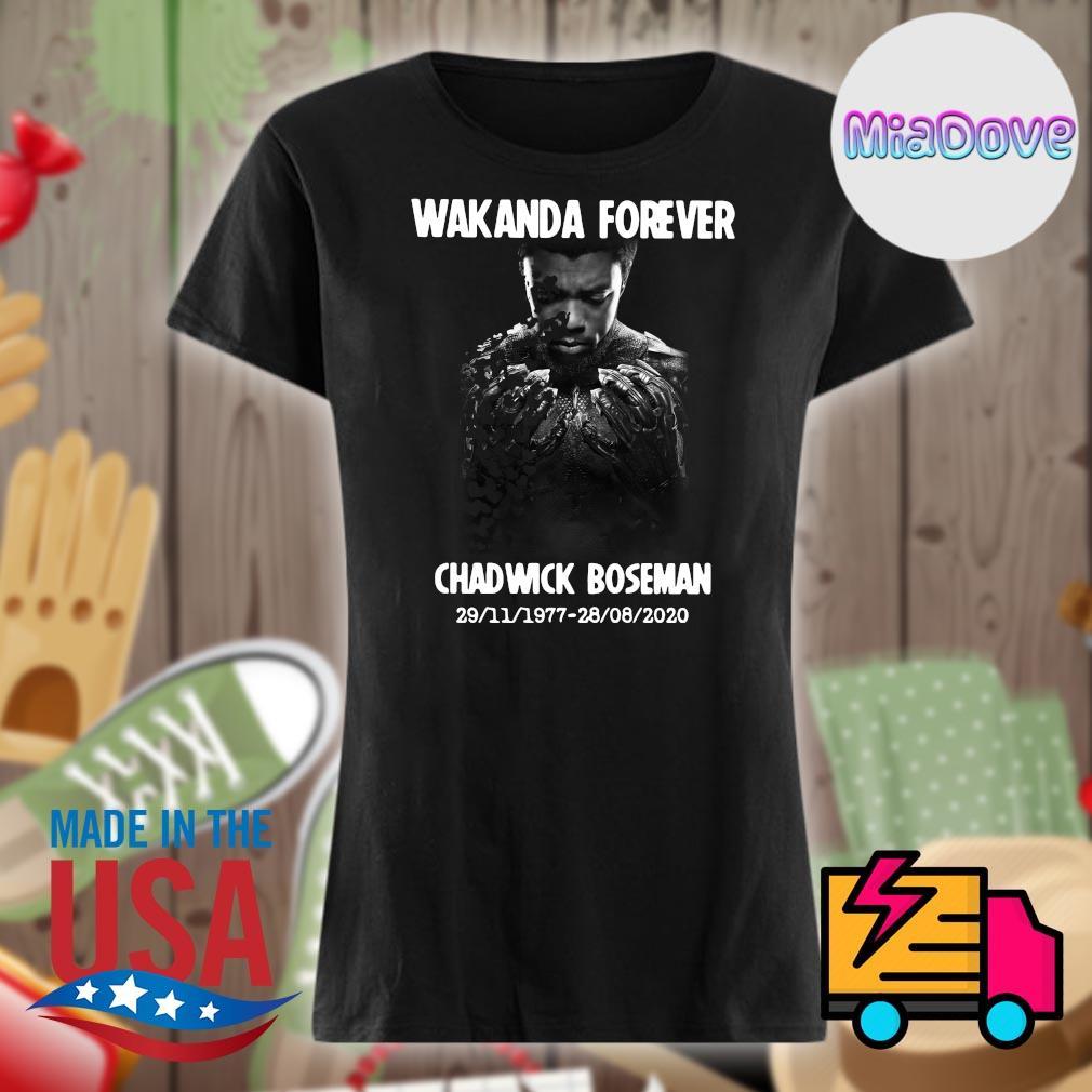 RIP Wakanda Forever Chadwick Boseman 29 11 1977 28 08 2020 s V-neck