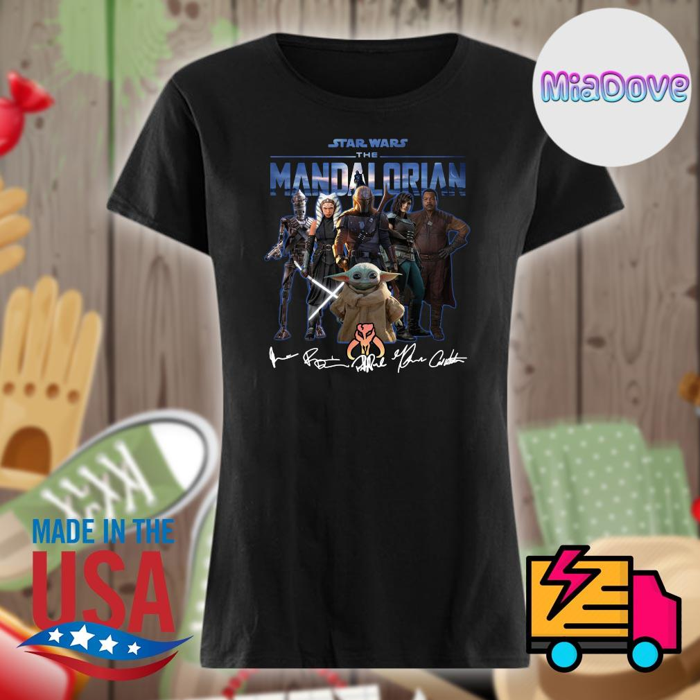 Star Wars characters the Mandalorian signatures s V-neck